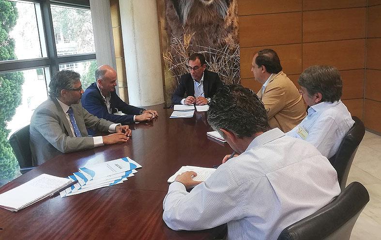 AECMA se reúne con Medio Natural para analizar la situación del sector